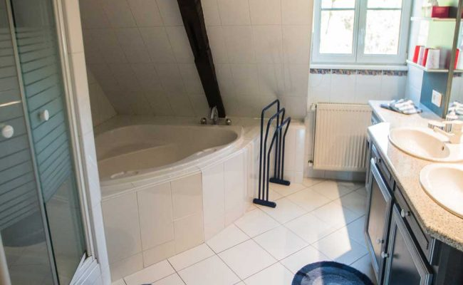 54_Salle-de-bain-2eme-etage_1